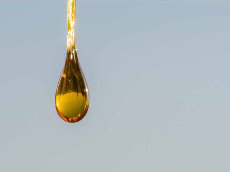 cbd oil droplet